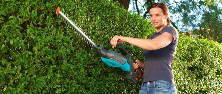 Best Cordless Hedge Trimmer - Featured by Gardenlife Pro