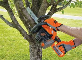 Black and Decker LCS1240 - In Action