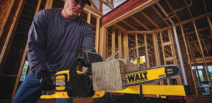 DEWALT DCCS670X1 in Action
