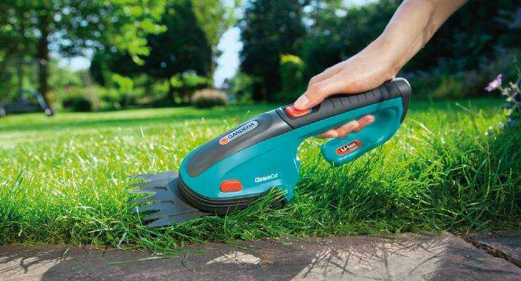 Best Cordless Grass Shears - Reviews & Buyers Guide